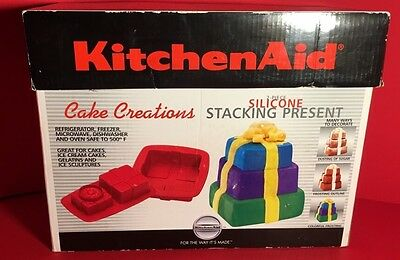 2006 KitchenAid Cake Creations Stacking Presents Silicone Cake Pans 2 piece EXC