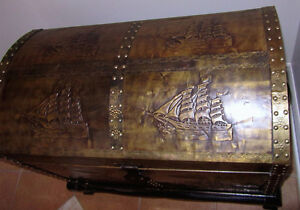 "Beautiful ""Steamer Trunk"" – Embossed Copper Wooden Chest"