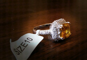 Charmed ring size 10