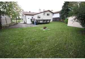 Spacious beautiful 5 bedrrom home with private enlaw suite