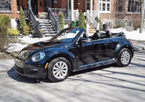 PRIX RÉDUIT - Volkswagen Beetle Cabriolet 2014 noire