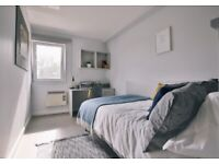 STUDENT ROOM TO RENT IN LIVERPOOL. EN-SUITE AND STUDIO WITH PRIVATE ROOM, BATHROOM AND STUDY SPACE