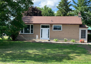 Single Family Home for Rent in Westbrook