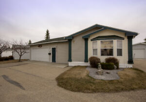 Huge 3 bed/2 bath home in Davenport Place! 104272