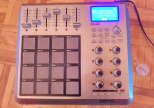 Akai MPD 24 - MPC MiDi controller