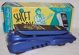 Danelectro Shift Daddy Echo and Pitch Shifter Effect Pedal