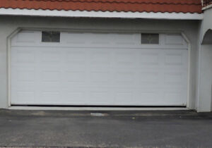 Hello, i am changing my garage door and would like to sell my ol