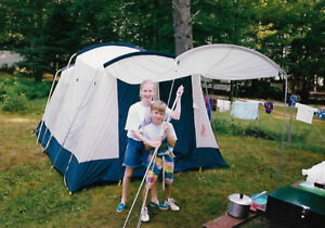 TENT 14 FT X 10 FT 5-6 PERSON ALL POLES PEGS VG