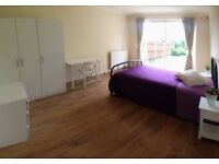 NICE DOUBLE ROOM WITH GARDEN EXIT IN COOL HOUSE - NW9 8PT