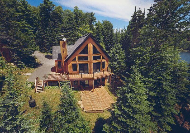 Nouveau domaine cot bor al terrains a vendre maison et for Assurer un garage hors residence