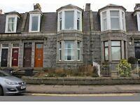 Clifton Road AB24 - Very Bright Spacious 2/3 Double Bedroom Upper Villa - No fees - Garden, Parking