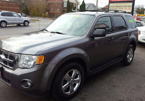 2010 Ford Escape XLT SUV,  BRAND NEW TIRES & BRAKES B.T 2 YRS WA Cambridge Kitchener Area image 3