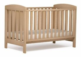 Mamas & Papas Cotbed, matress and All Meadow Accessories