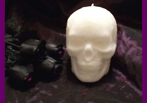 Handmade gothic Skull Candles! Many colors available