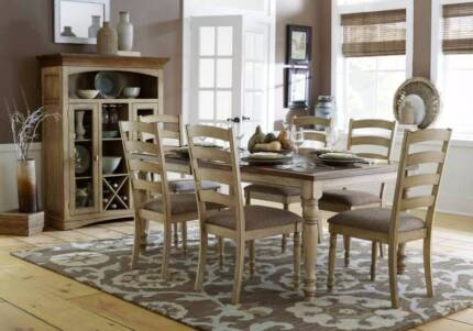 SALE!!!!!! 7 pce Nash Dining Table & Chairs ( Was $1699.00 )