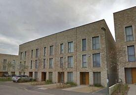 4 bedroom house in Kings Drive, Edgware, HA8