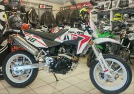 SINNIS APACHE 125 MOTORCYCLE