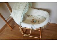 Moses Basket with extra bases and bedding