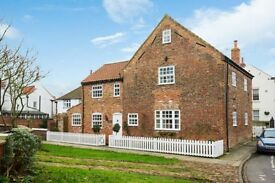 Gorgeous 4 bedroom Old Mill + river deck for rental Cawood (close to York/Selby) £1,350 PCM