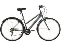 """Unisex Apollo Virtue Hybrid bike. 18"""" Frame. 700cc Wheels. Hardly used bicycle"""