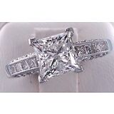 2.65 cts Princess Cut Solitaire Diamond Engagement Ring Solid 14 kt White Gold