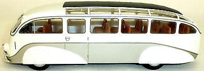 MERCEDES BENZ LO3100 STROMLINIENBUS IXO für Hachette 1:43 NEU in OVP HB2 µ *