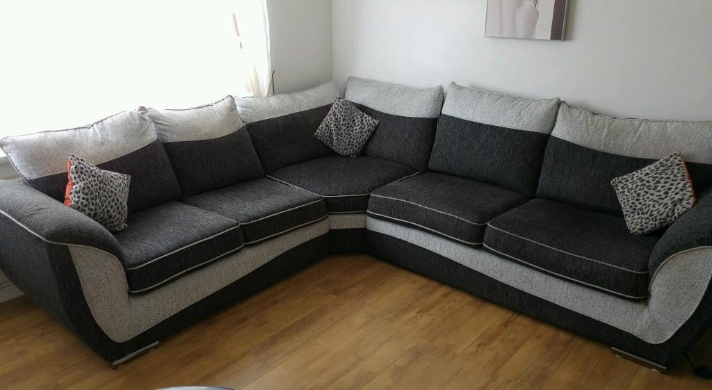 Find a 3 2 seater sofas in Kilmarnock, East Ayrshire on Gumtree, the #1 site for Sofas, Armchairs, Couches & Suites for Sale classifieds ads in the UK.