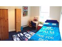 Great Location - 5min To Uni And Town *FREE Cleaner And Internet* 7-bed House - SPEEDY1541