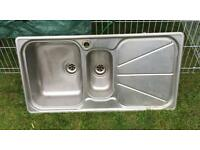 Kitchen Sink 1.5 basin plus drainage