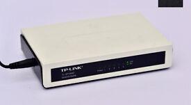 TP-Link TL-SF1005D Ethernet switch