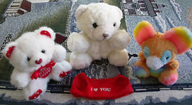 Cute teddies x 3. Not suitable for under-3s due to small parts. £1.50 the lot.