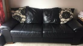 Black and White Sofa 3 - 4 seats