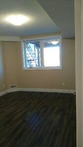 Southend apt 850sq.ft Avail March 1st