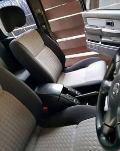 2010 Nissan Navara Ute **12 MONTH WARRANTY**
