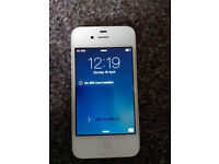 iphone 4 in great condition (on 02)