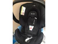 Mamas & Papas Sola 2 travel system with Cybex car seat