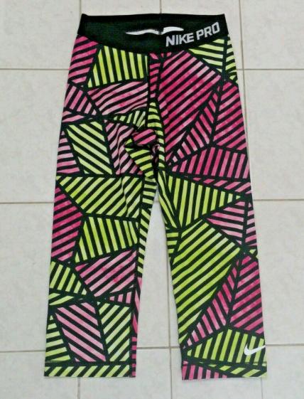 01e4afafb8 NEW NIKE PRO Dri-fit Legging Shorts Workout Pants Small Women ...