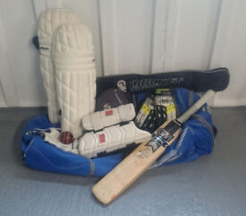 Full Set of Cricket Equipment