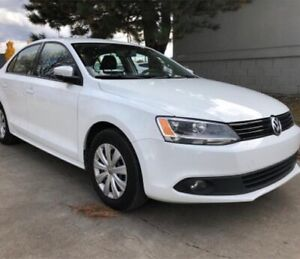 Jetta Volkswagen 2.0L +GPS screen & Bluetooth