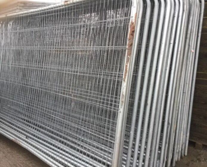heras style temporary metal fence panels site security fencing
