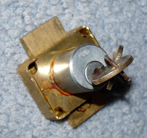 ONE Older Used CORBIN 2-Way Lock - Cabinet - Furniture - Working Keys (Lot 596)
