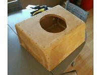 "10"" Sub box (approx 50x40x25cm)"