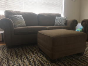 Matching Loveseat, Couch, and Ottoman