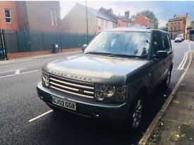 Land Rover Range Rover vogue 4.4 lpg 11 months mot spares or repairs