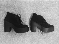 Size 4 Urban Outfitters Deena and Ozzy boots