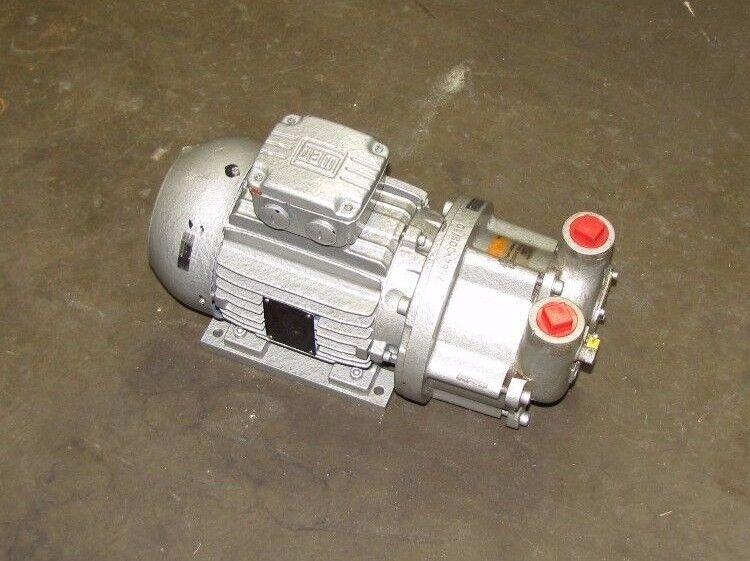 "BUSCH LX0055A AJ0 MD IX 1"" NPT 440-460V 2.6KW (3-1/2 HP) VACUUM PUMP NEW"