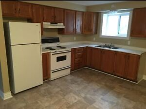 Spacious 2 bedroom on Union October 1st $760!