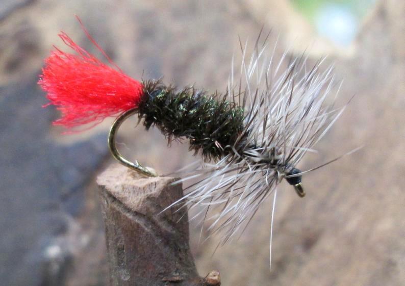 Auswahl von Farben 3 x Trockenfliegen SEDGEHOGS Gr.12 Gilchrist Fliegen