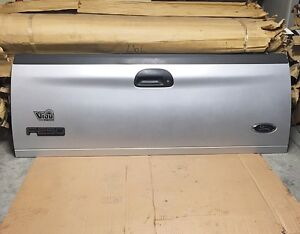 *Neuf* tailgate ford f150-f250-f350