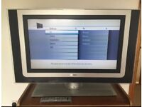 Phillips 32'' LCD Ambilight TV excellent condition